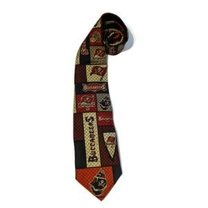 Tampa Bay Bucs Buccaneers NFL Football Silk Tie